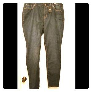 Womens plus Skinny Jeans Torrid